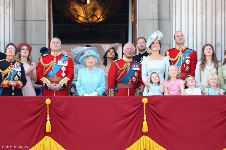 Mozgalmas hétvégéje volt a brit királyi családnak, hiszen szombaton tartották II