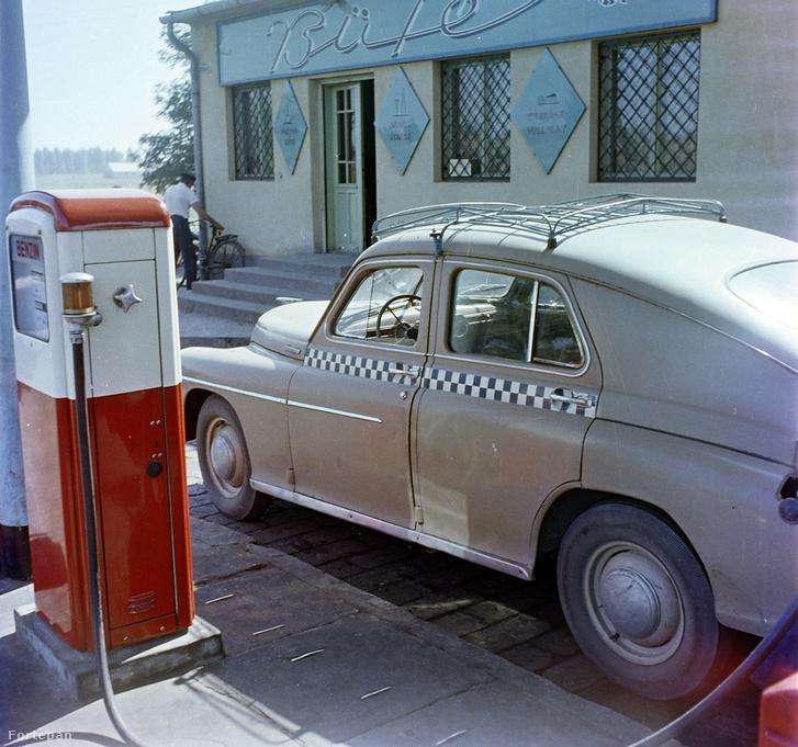 1963 - benzinkút büfével és taxival