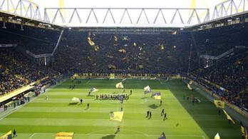 6, azaz hat hellyel bővítik a Dortmund stadionját