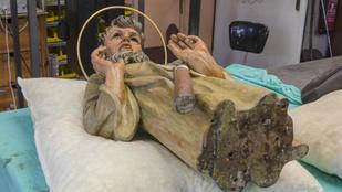 Egyre több titkot tár fel az Orloj felújítása