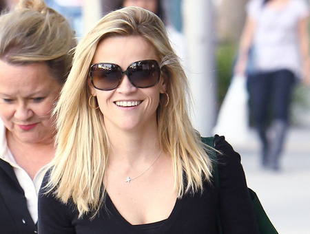 rwitherspoon120210 01