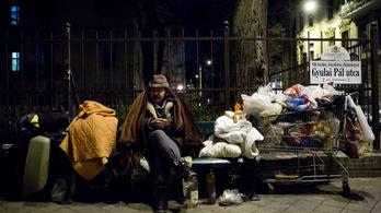 Indulhat a háború az utcai hajléktalanság ellen