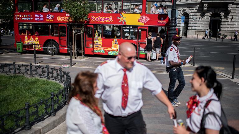 A BKV viheti végül a városnéző buszokat?