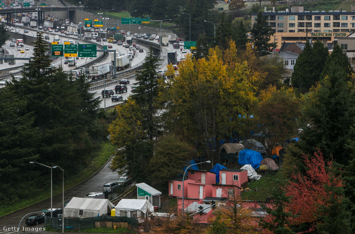 Hajléktalantábor Seattle külvárosában