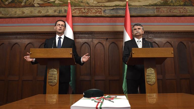 Varga: Béremelés lesz a közszférában