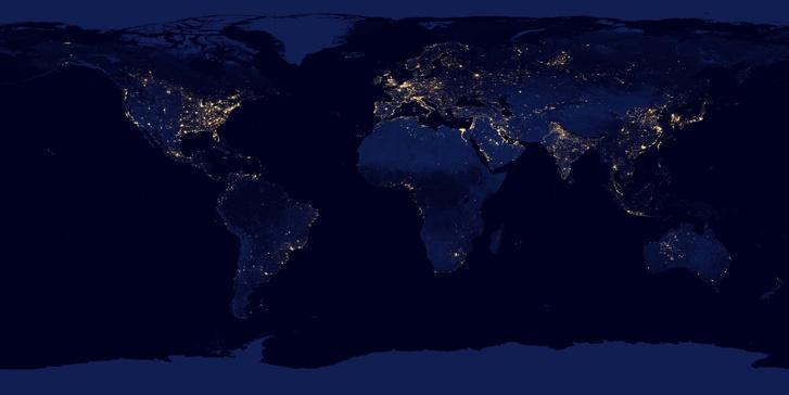A Föld éjszakai fényei a NASA 2012-es kiterített felvételén