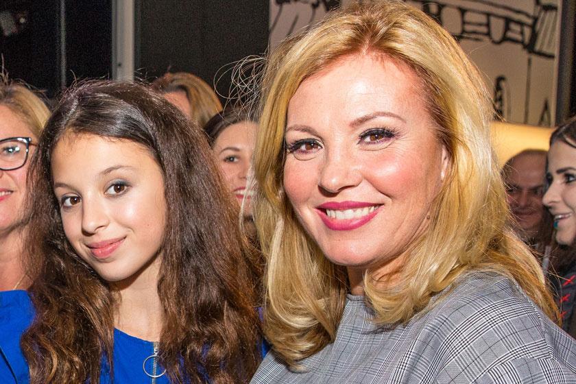 Liptai Claudia lánya gyönyörű koszorúslány volt - Panka görög hercegnőnek öltözött