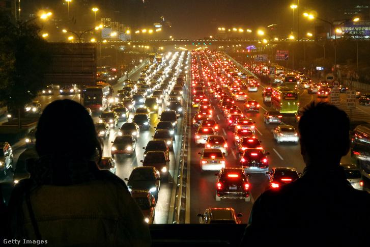 Közlekedési dugó Pekingben