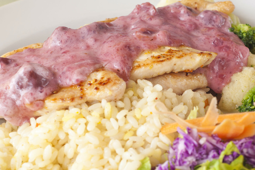 Fűszeres, házi meggyszósz sültekhez: a legszárazabb húst is feldobja