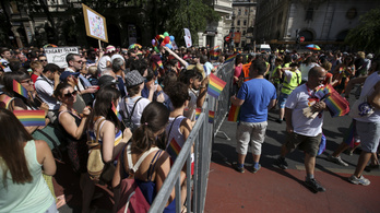 A Pride szervezői tárgyalnak a rendőrséggel, hogy ne legyen körbekordonozva a menet