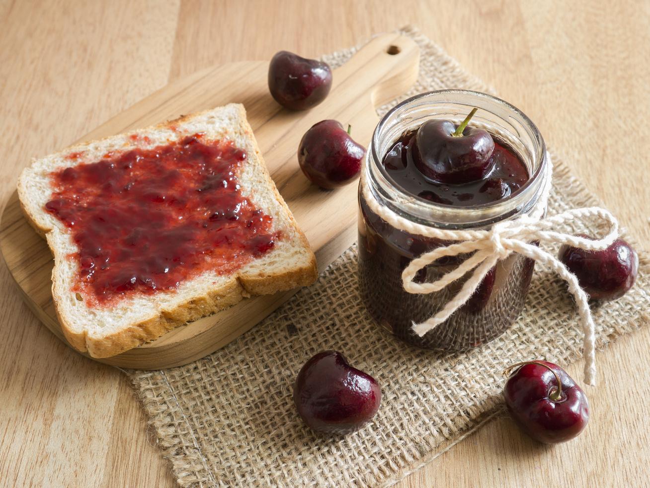 Házi, zamatos cseresznyelekvár: ezzel bolondítsd meg, hogy még finomabb legyen