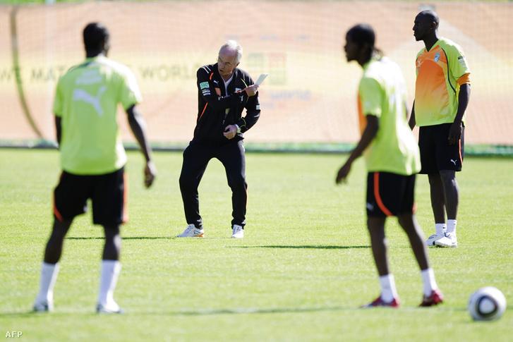 Eriksson 2010-ben Elefántcsontpart edzőjeként