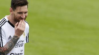 Messi fejéhez pisztolyt szegeztek, ha nem nyer vb-t, lelövik