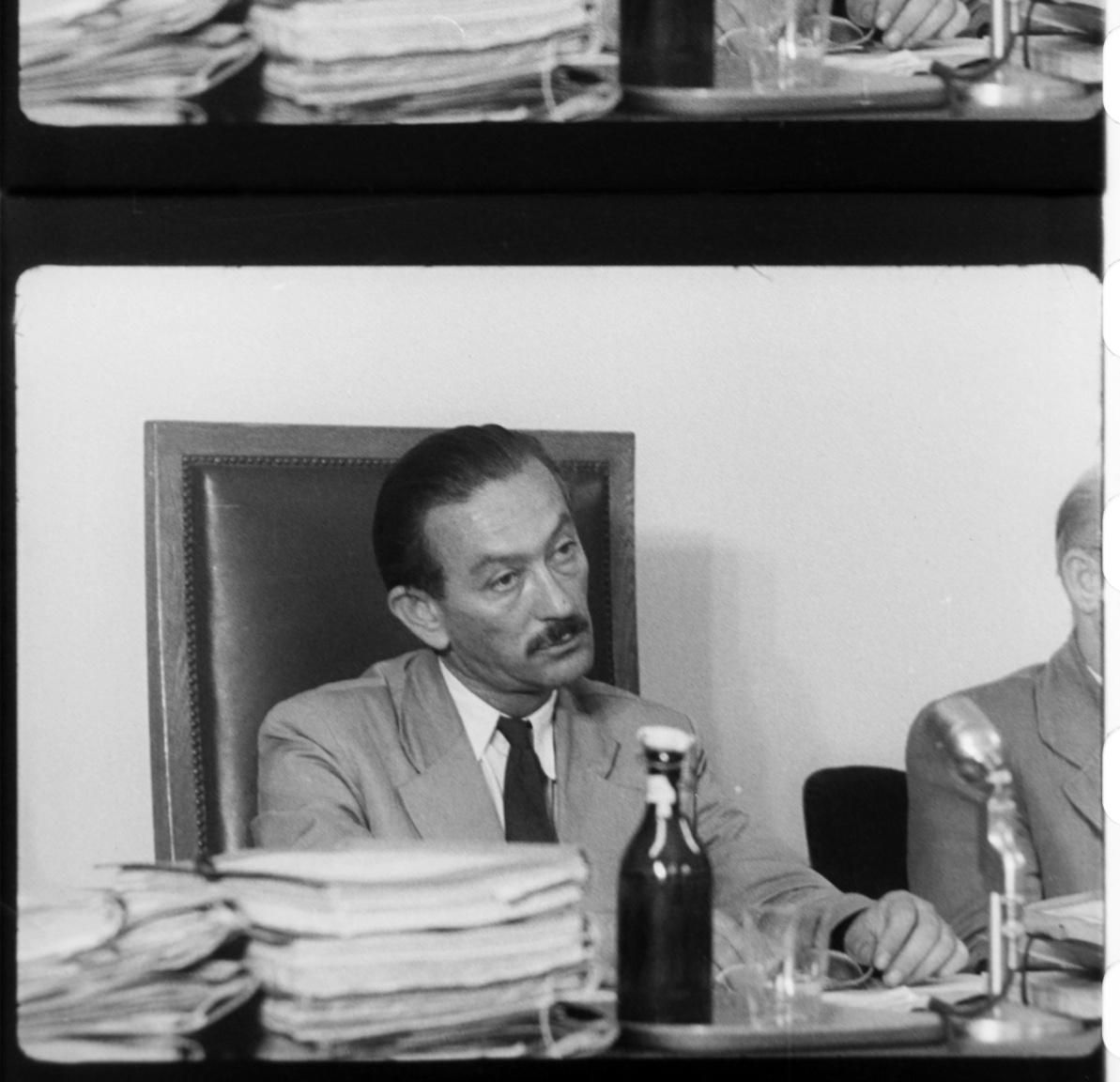 Vida Ferenc, a Nagy Imre-per bírája. A rendszerváltás után csak vérbíróként emlegetett Vida húsz embert ítélt halálra 1956-os tevékenysége miatt. Bár 1989-ben félt a népharagtól, élete végéig azt vallotta, hogy Nagy Imréék bűnösök voltak, az ítélet jogos volt, és nem politikai okokból született, őt nem is lehetett volna befolyásolni.