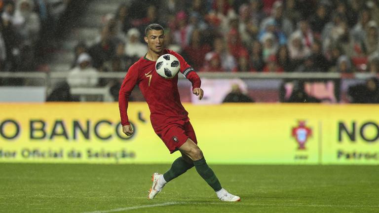 C. Ronaldo-mesterhármassal 3-3 a portugál-spanyol
