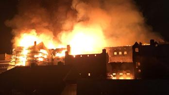 A négy évvel ezelőtti tűz után ismét kegyetlenül leégett a glasgowi művészeti akadémia