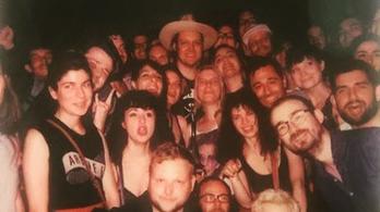 Botrány is volt az Arcade Fire-frontember budapesti meglepetésbuliján