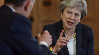 Theresa May: 20 milliárd fontot kap a brit egészségügy a Brexit-hozadékból