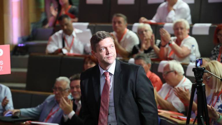 Tóth Bertalan az új MSZP-elnök, Mesterházynak nem sikerült