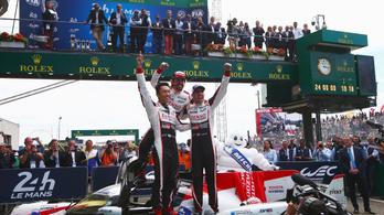 Alonsóék megcsinálták, megvan a Le Mans-i 24 órás-győzelem