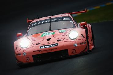 GTE Pro-győztes Kevin Estre, Michael Christensen és Laurens Vanthoor kocsija