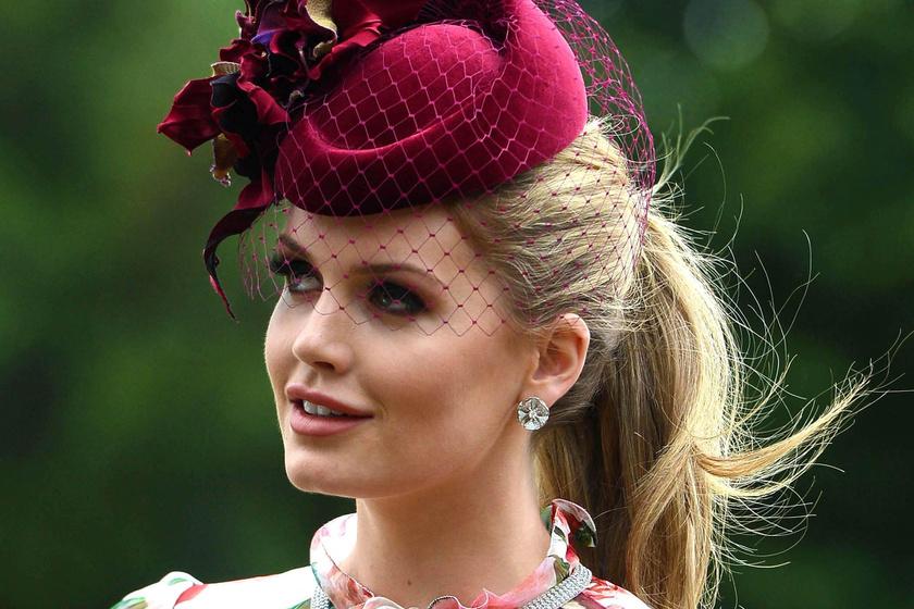 Diana unokahúga gyönyörű volt az esküvőn - Meghant is túlöltözte