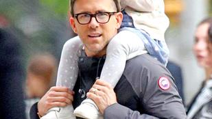 Ryan Reynolds felköszöntötte magát apák napján, pontosan úgy, ahogy vártuk tőle
