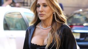 Sarah Jessica Parker állítólag 41 millió forintnyi ékszert tart magánál jogtalanul