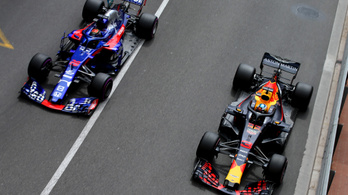 A Red Bull is dobja a Renault-t, Hondára vált