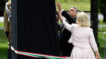 Gulag-emlékművet avatott Orbán Óbudán