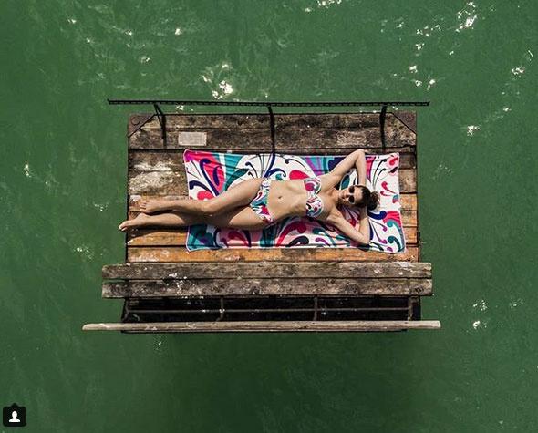 Ördög Nóra Balatonnál készült bikinis fotóját agyondicsérték a kommentelők.