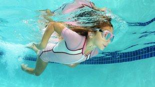 Fül a vízben!