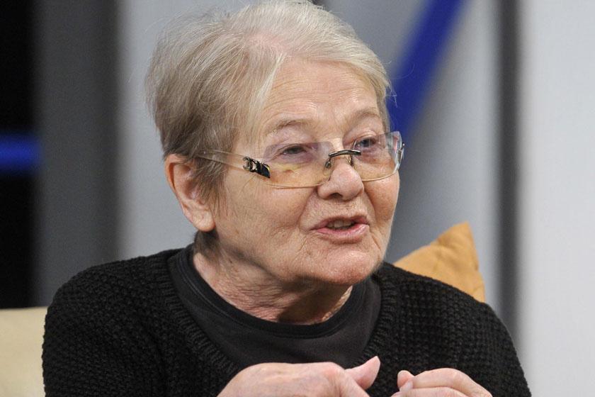 Friss fotókon Tőröcsik Mari - A 83 éves színészlegendát kollégái látogatták meg
