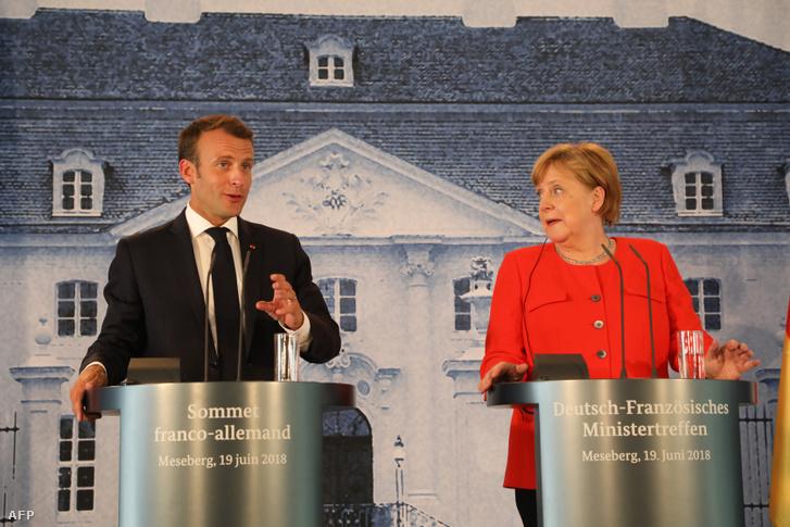 Emmanuel Macron és Angela Merkel