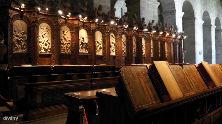 És vélhetően ő végzett szeretőjével,  Mary von Vetsera bárókisasszonnyal, akinek holttestét a közeli heiligenkreuzi cisztercita apátságba vitték