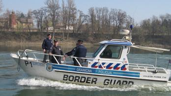 Rendőrökkel védik a boszniai határt