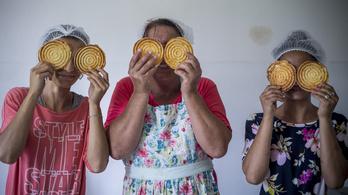 A bagolykalács adott esélyt a bányatelepi nőknek