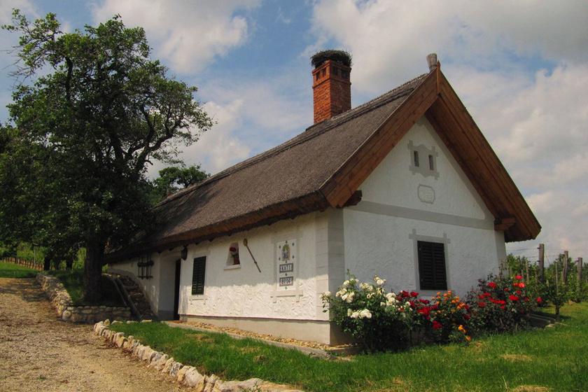 Íme, a legkisebb, legnyugisabb falucskák a Balaton-parton: nyáron sem özönlik el őket a turisták
