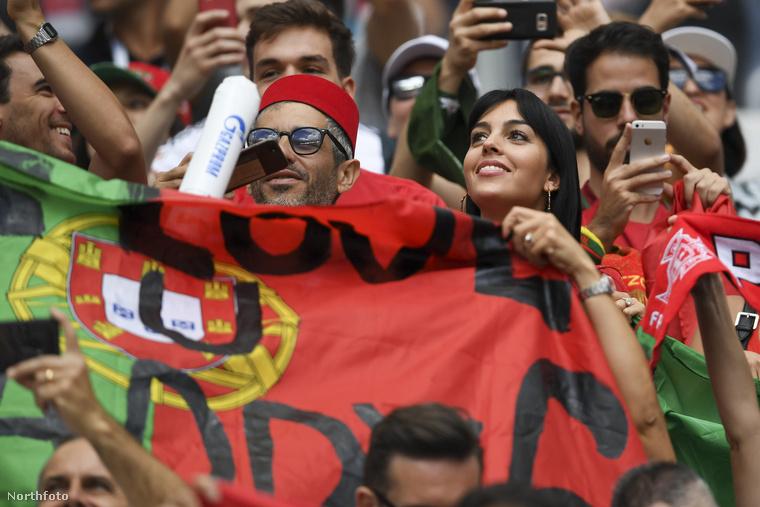 Rodriguez egyébként félig argentin félig pedig spanyol, szóval elég nagy dolog, hogy a vb-n mégis portugál színekben szurkol.