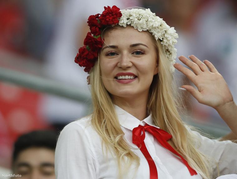 A csinos lányok is képviseltetik magukat az Oroszországban rendezett világbajnokságon.