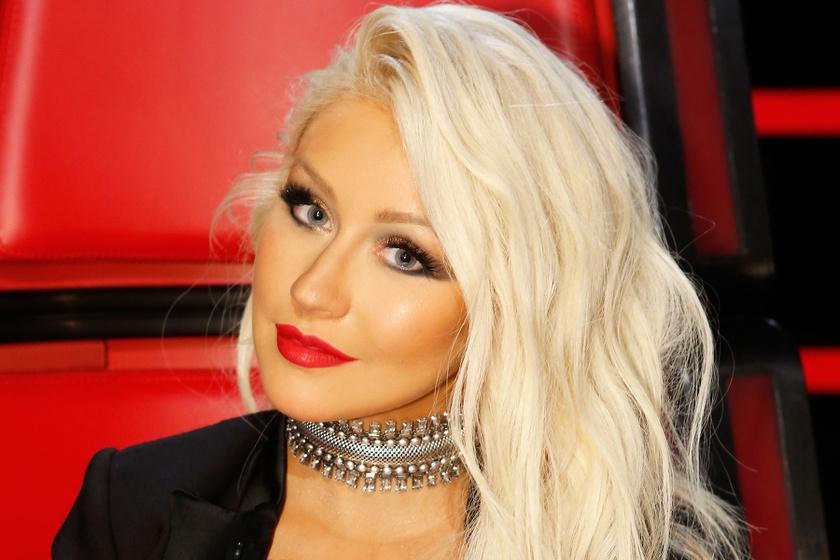 Christina Aguilera mellet villantott - Ezt a fotót is képes volt bevállalni