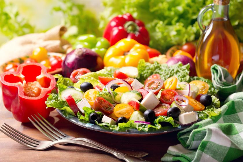 Ételek dehidratáció ellen: nem csak a mentes víz frissít fel nyáron