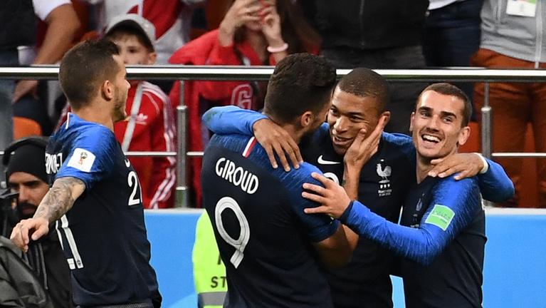 A franciák öt perc játékkal nyolcaddöntősek