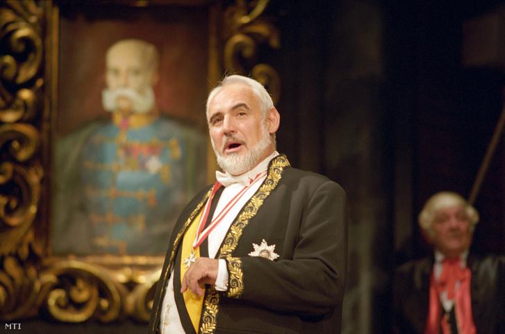 1994. október 6. Huszár László Rudolf Krohn herceg szerepében Molnár Ferenc: Panoptikum című vígjátékának próbáján a Nemzeti Színházban.