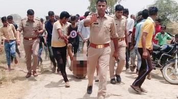 Az indiai rendőrség egy lincselős fotó miatt magyarázkodik
