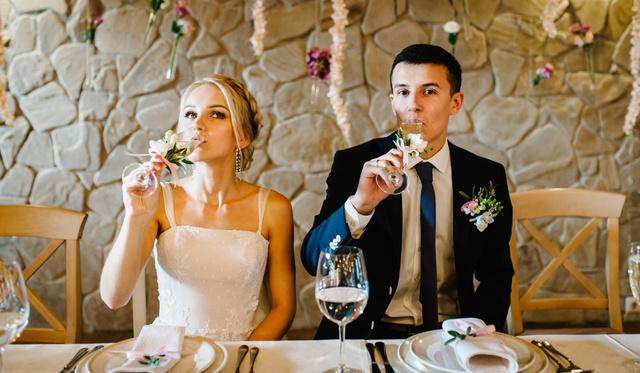 de1b7d606a Hogyan legyél te a legsítlusosabb esküvői vendég? - Dívány