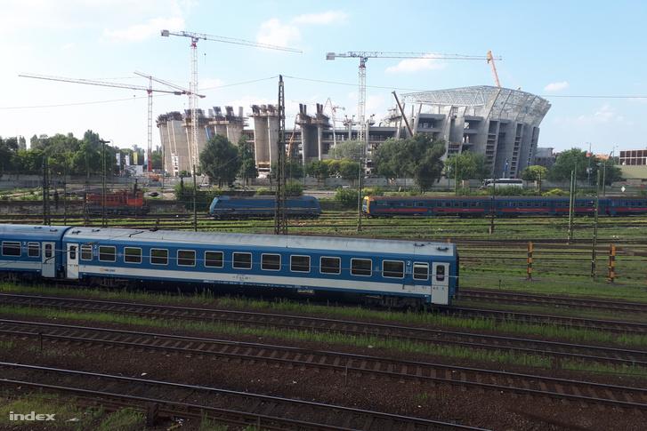 Gőzerővel épül az új Puskás-stadion