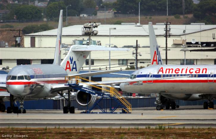 Légtérzár miatt veszteglő gépek a Los Angeles-i nemzetközi repülőtéren