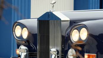 "VETERÁN: Rolls-Royce Silver Cloud III Coupe ""Chinese Eye"" – 1962."