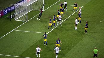 Rém okos szabad után lőtte élete gólját Kroos